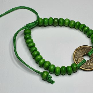 Green lucky friendship bracelet
